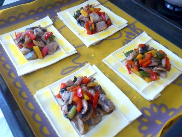 Francuskie pizzerinki warzywno- rybne