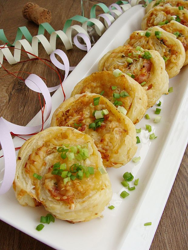 Francuskie rollsy z szynką serrano