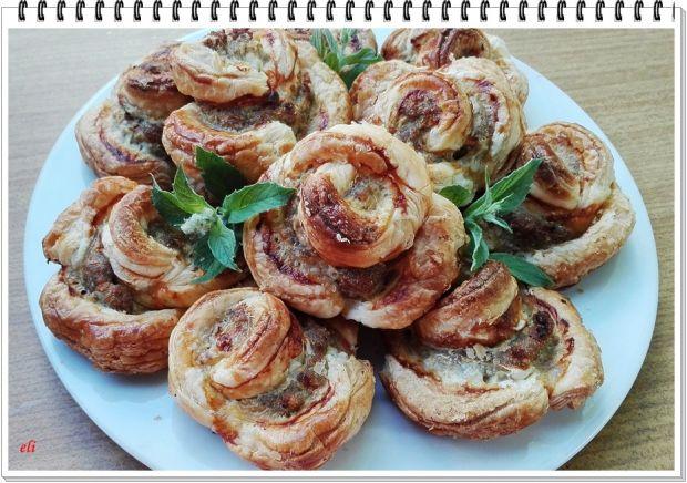 Francuskie róże Eli z mięsem