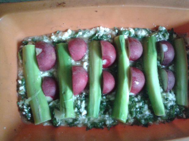 Fritata ze szczawiem i szparagami