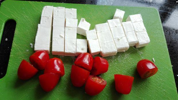 Frittata z szynka, cukinią i serem  feta