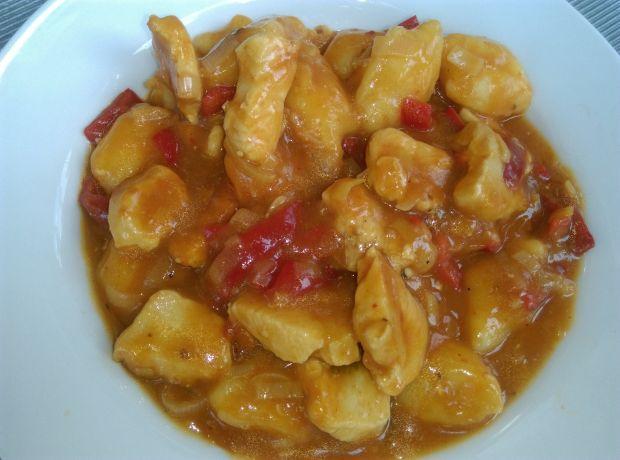 Gnocchi w sosie pomidorowym z kurczakiem