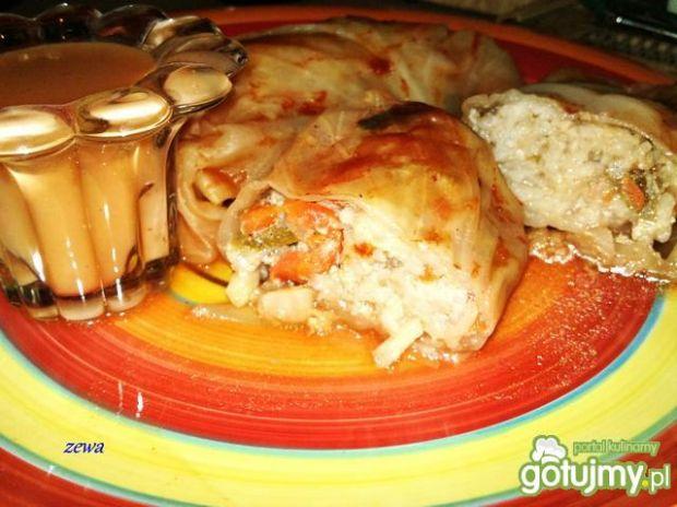 Gołąbki ryżowo - mięsno - warzywne