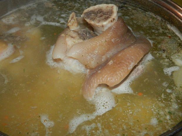 Golonka wieprzowa pieczona z porterem