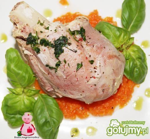 Golonki z indyka na marchewkowym puree :
