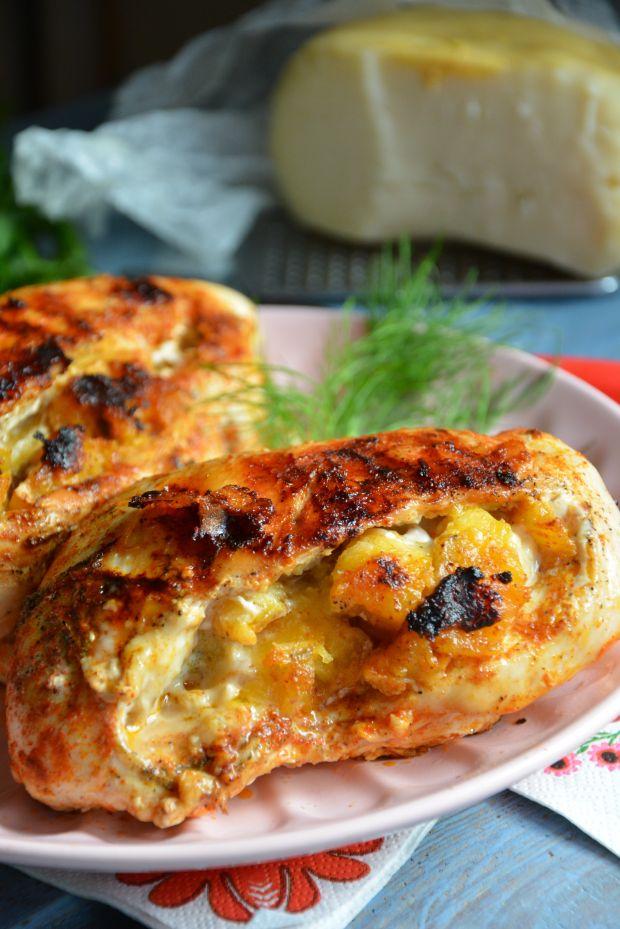 Grilllowane kieszonki drobiowe z karmelizowanym pl