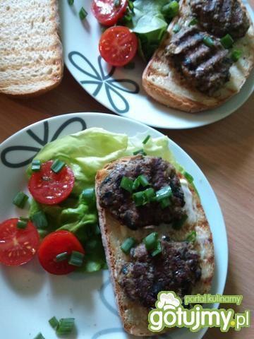 Grillowana kanapka a'la hamburger