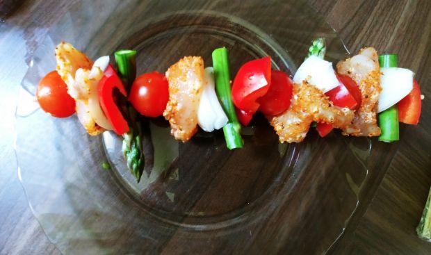 Grillowane szaszłyki z kurczakiemi warzywami