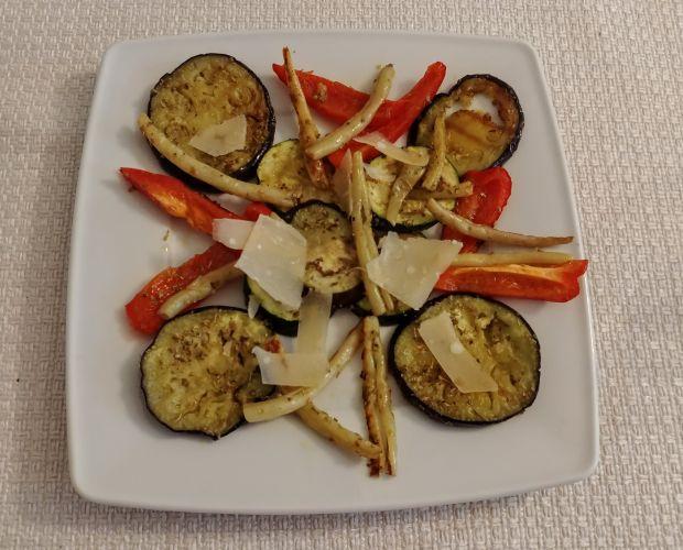 Grillowane warzywa z parmezanem