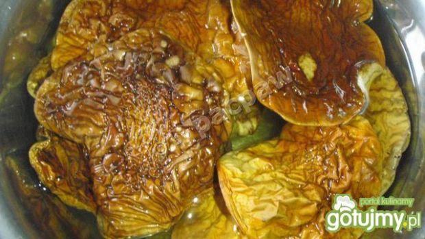 Grillowany comber króliczy z sosem