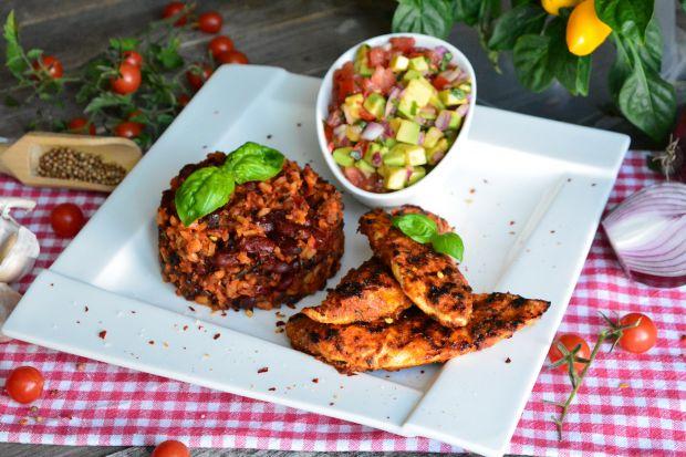 Grillowany kurczaka a la mexicana z kolorową salsą