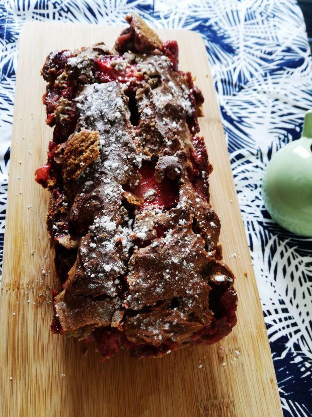 Gryczane bezglutenowe ciasto truskawkowe
