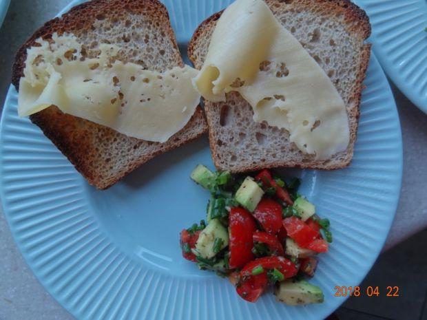 Grzanki z jajkiem na śniadanie
