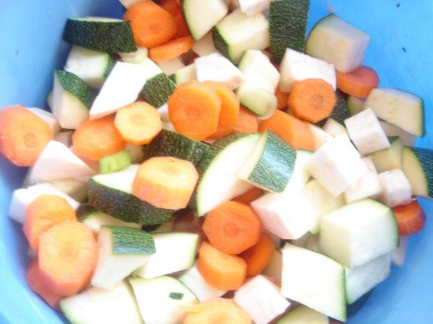 Gulasz cielęcy z bukietem warzyw