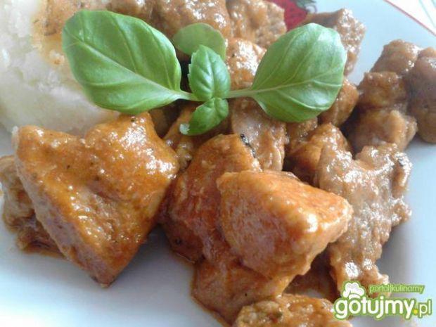 Gulasz pomidorowo-paprykowy