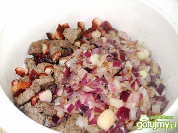 Gulasz wołowy pieczony - wyśmienity