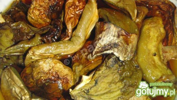 Gulasz z dziczyzny z grzybkami suszonymi