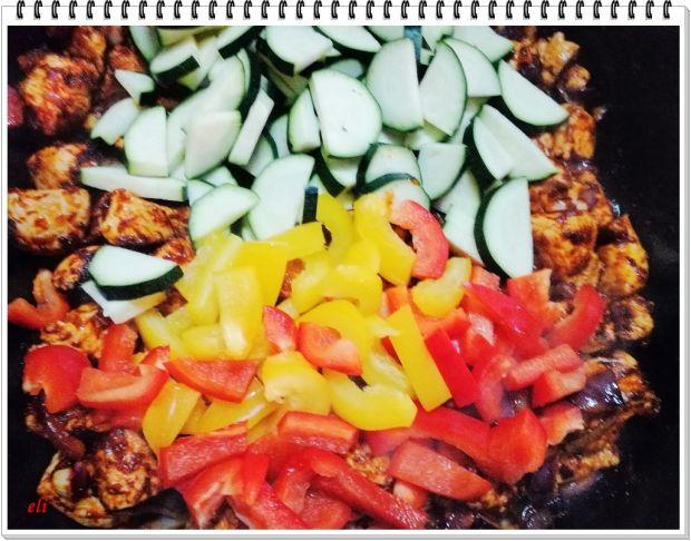 Gulasz z indyka Eli z warzywami