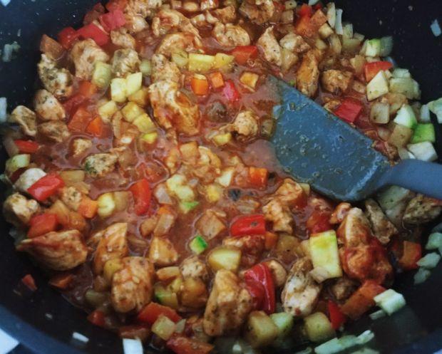 Gulasz z indyka z cukinią i marchewką