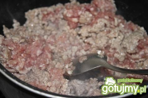 Gulasz z mięsa mielonego.