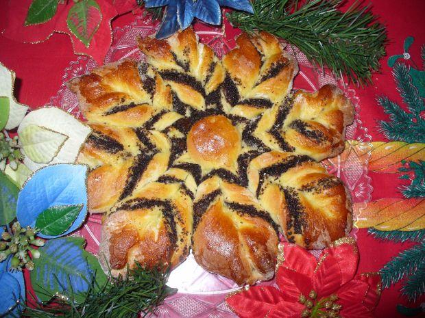 Gwiazda świąteczna z makiem
