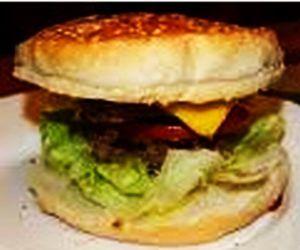 Hamburger lifestyle z sosami