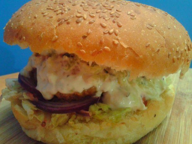 Hamburger z grecką nutą