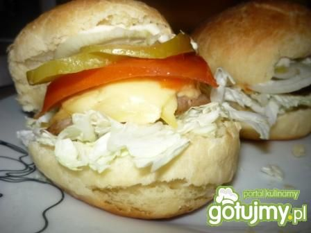 Hamburgery z pyszmym sosem