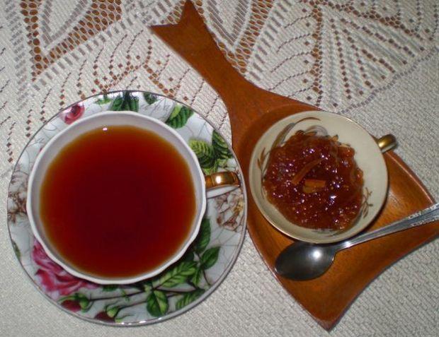 Herbata z imbirem i smaczkiem pomarańczy