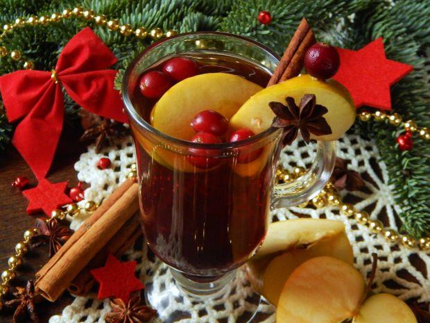 Herbata z jabłkiem i żurawiną