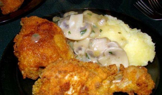 Hot chicken w chrupiącej panierce