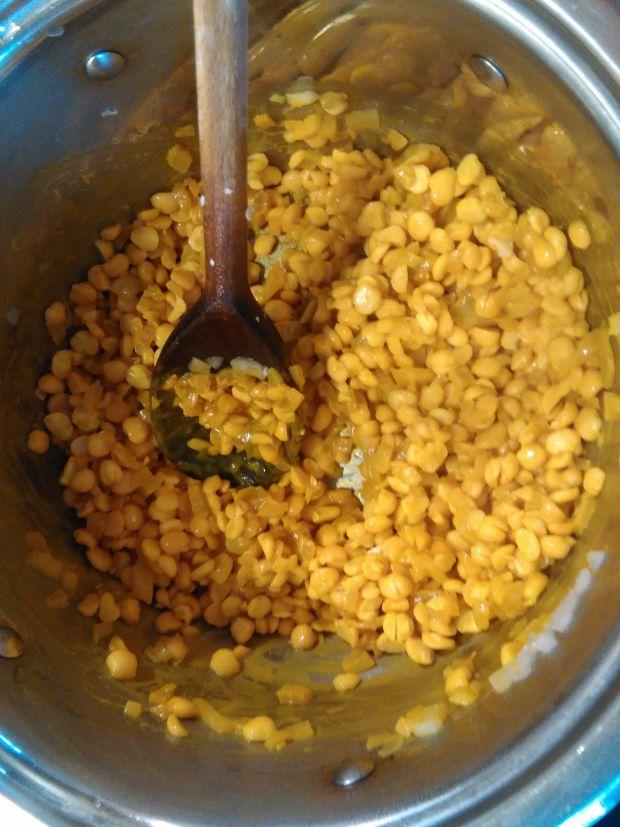 Irańska zupa grochowa a`la Igraszki
