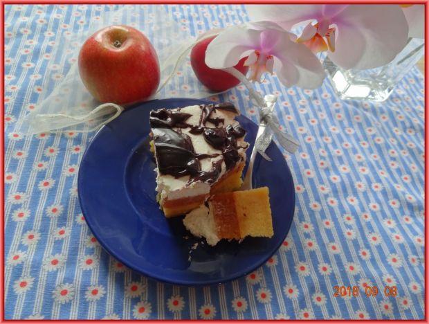 Jabłecznik z kremem
