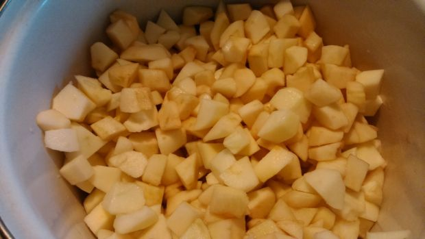 Jabłka do słoików na zimę