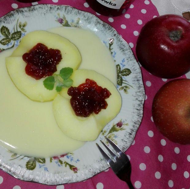 Jabłka w sosie waniliowym