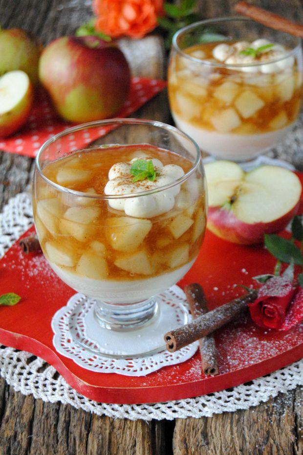 Jabłkowy kisiel z kaszą manna