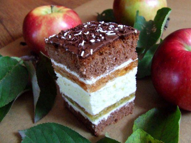 Jabłkowy przekładaniec
