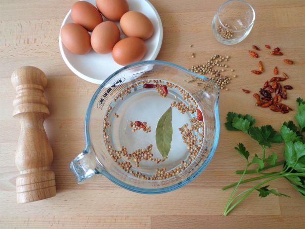 Jaja marynowane w przyprawach