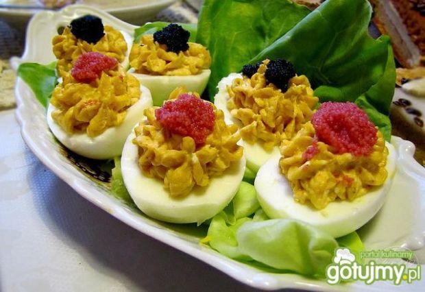 Jajeczka z kawiorem