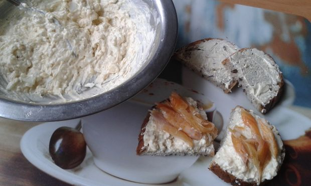 Jajeczna pasta do chleba