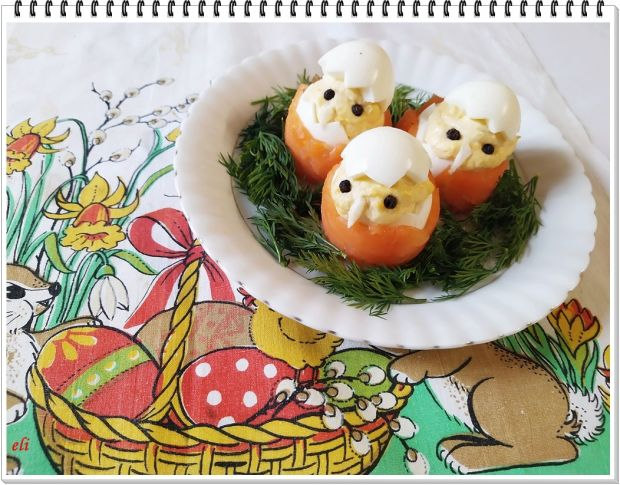 Jajka chrzanowe Eli w łososiowych koszulkach