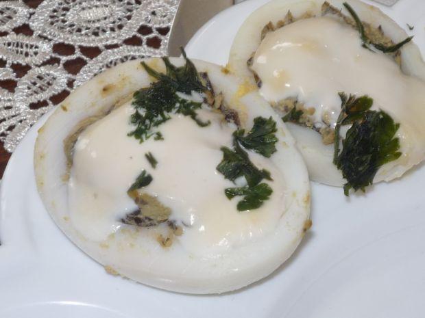 Jajka faszerowane pastą pieczarkową