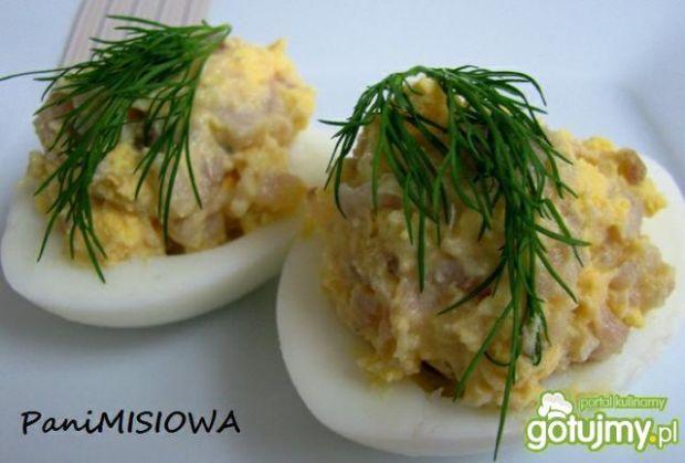 Jajka faszerowane śledziem