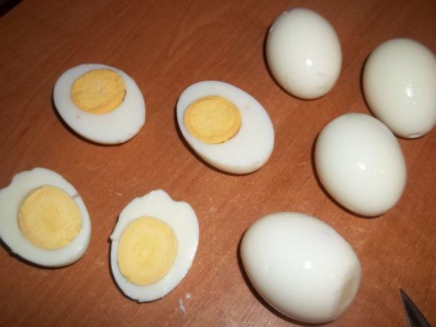 Jajka faszerowane śledzikiem