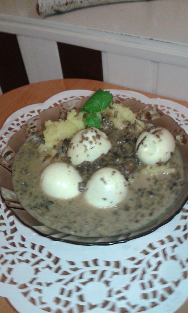 Jajka w sosie grzybowym