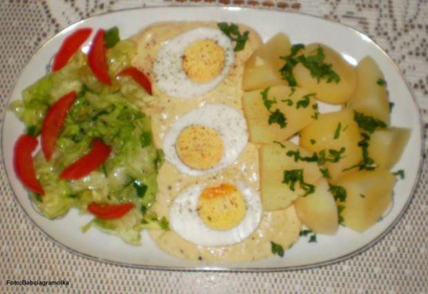Jajka w sosie musztardowym :
