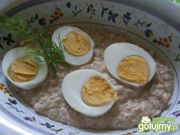 Jajka w sosie z tuńczyka 2