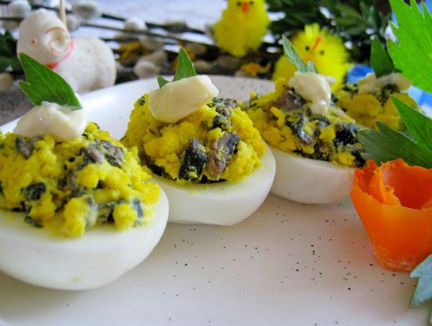 Jajka z farszem z pieczarkami