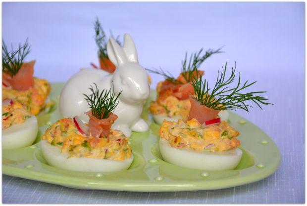 Jajka z rzeżuchą i łososiem