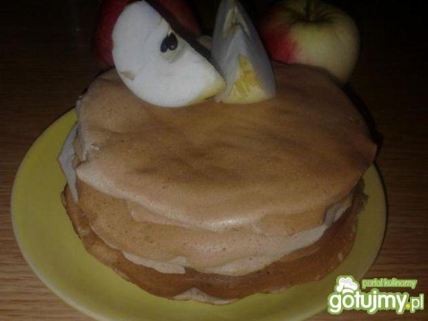 Jesienne pancakes z jabłkiem i cynamonem